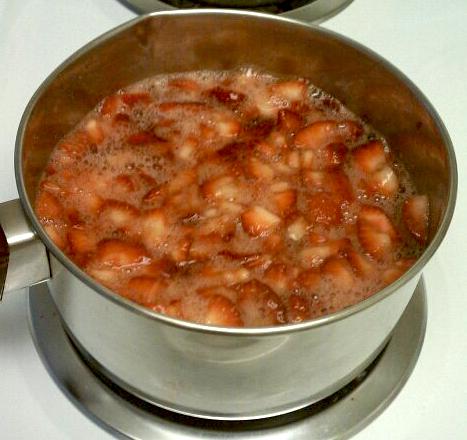 Strawberry_sauce